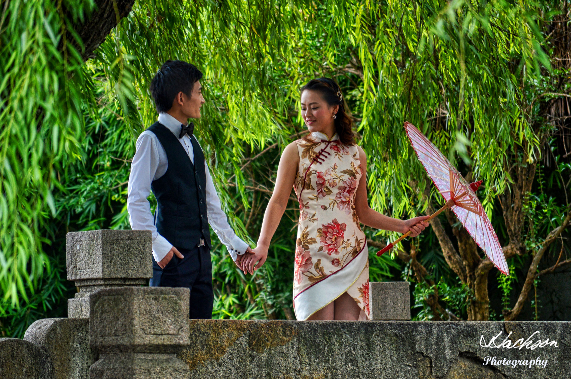 Photo of a couple in Suzhou, China